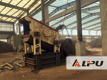Chiny 2YK1548 Vibrating Screen Sieving Machine With Vibration in Stone Crushing Plant dystrybutor
